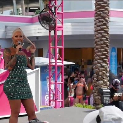 Amber Rose at GoPoolVegas | Flamingo Las Vegas - VIDEO